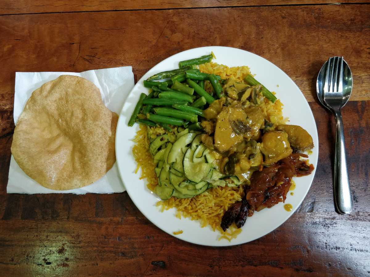 Rice and curry, Food in Colombo