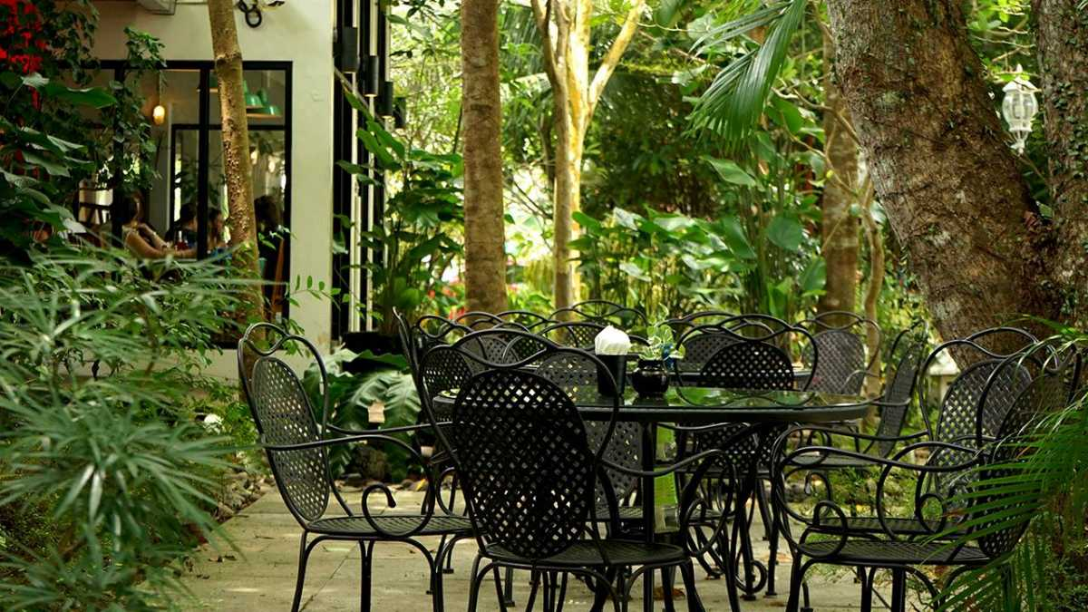 The Coastal Settlement, Cafes in Singapore