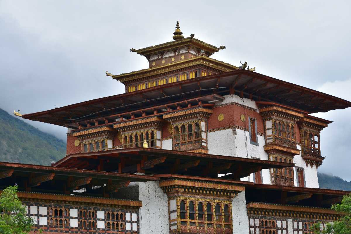 Shingzo Wood Carving on Punakha Dzong in Bhutan