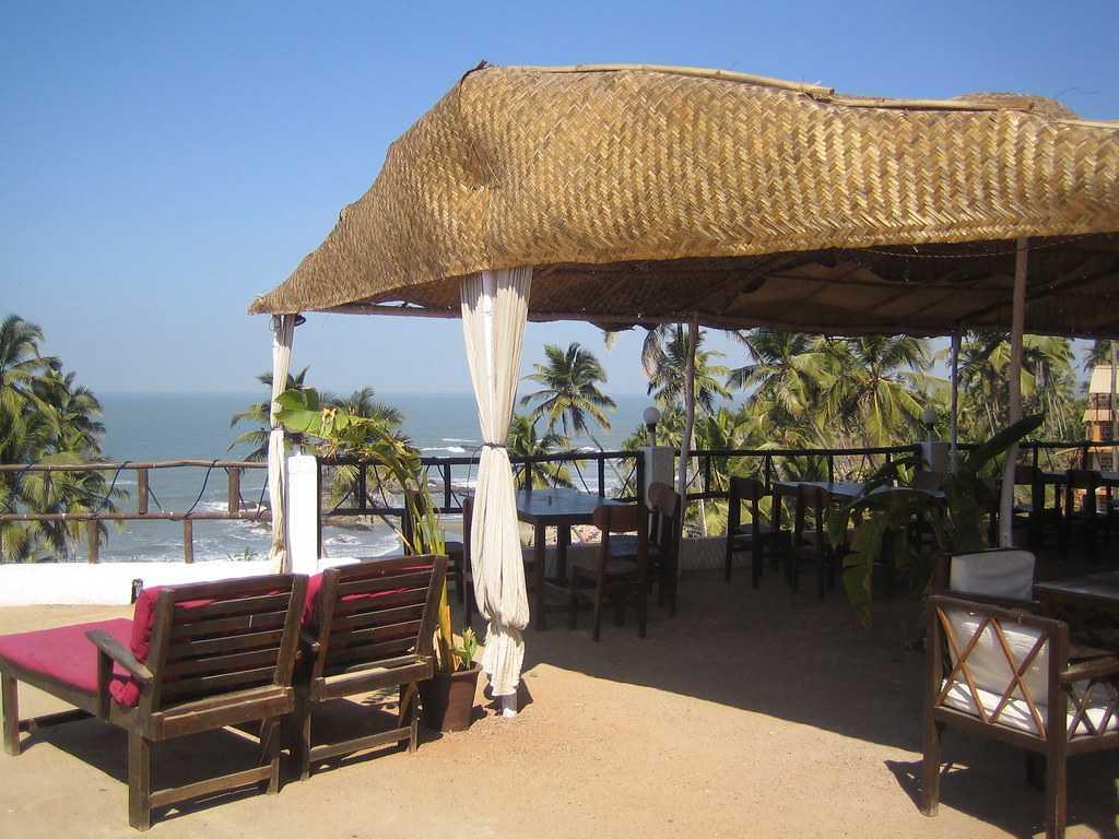 Thalassa, Shacks at Goa
