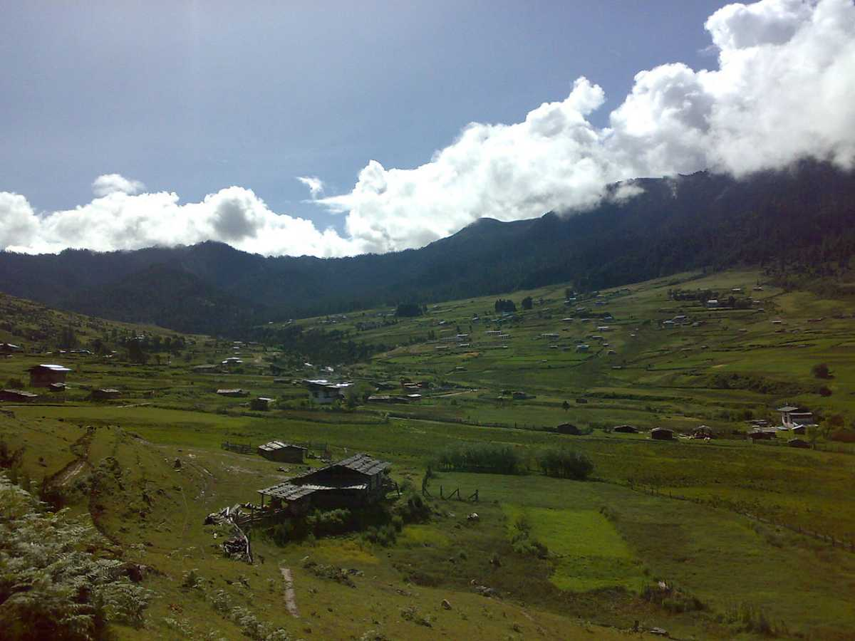 Phobjikha Valley, Cycling in Bhutan