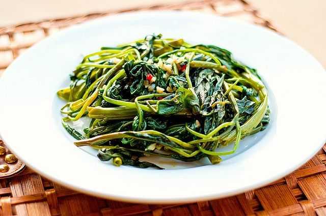 Vegetarian Food in Vietnam, Rau Muong Xao Toi