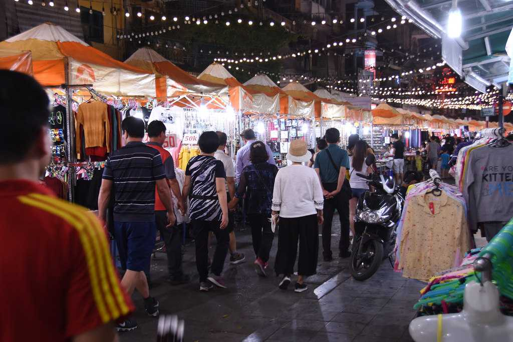 Hanoi or Ho Chi Minh City, Shopping at Hanoi Night Market