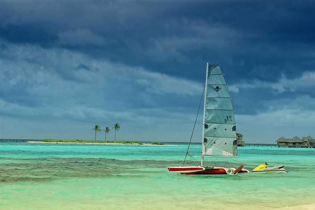 boat, water, sunrise in maldives