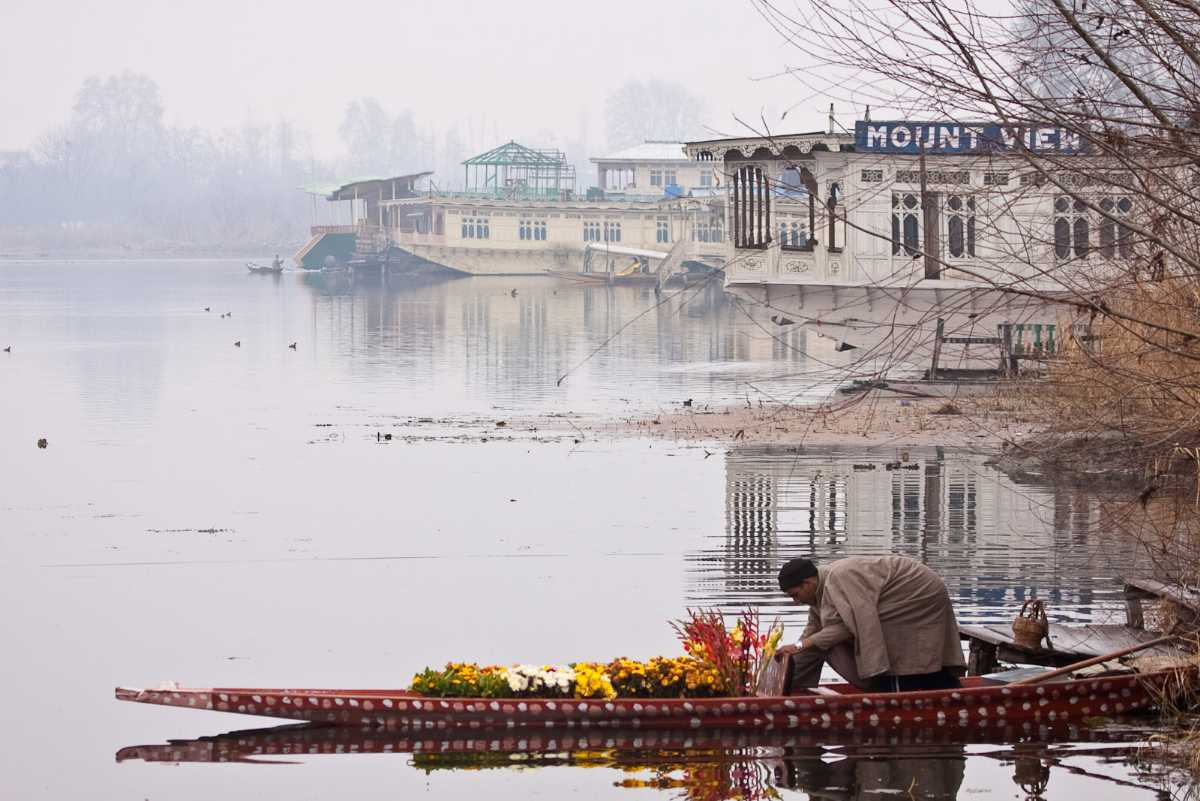 Floating vegetable market, Shopping in Srinagar