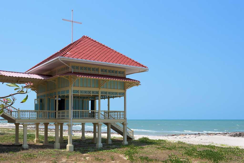 Beach Pavilion, Mrigadayavan Palace