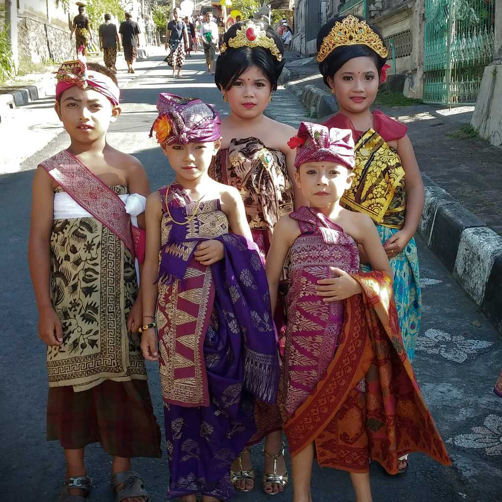 Traditional Dress of Bali worn by Children