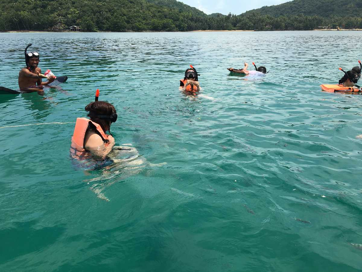 Snorkelling at Koh Tan