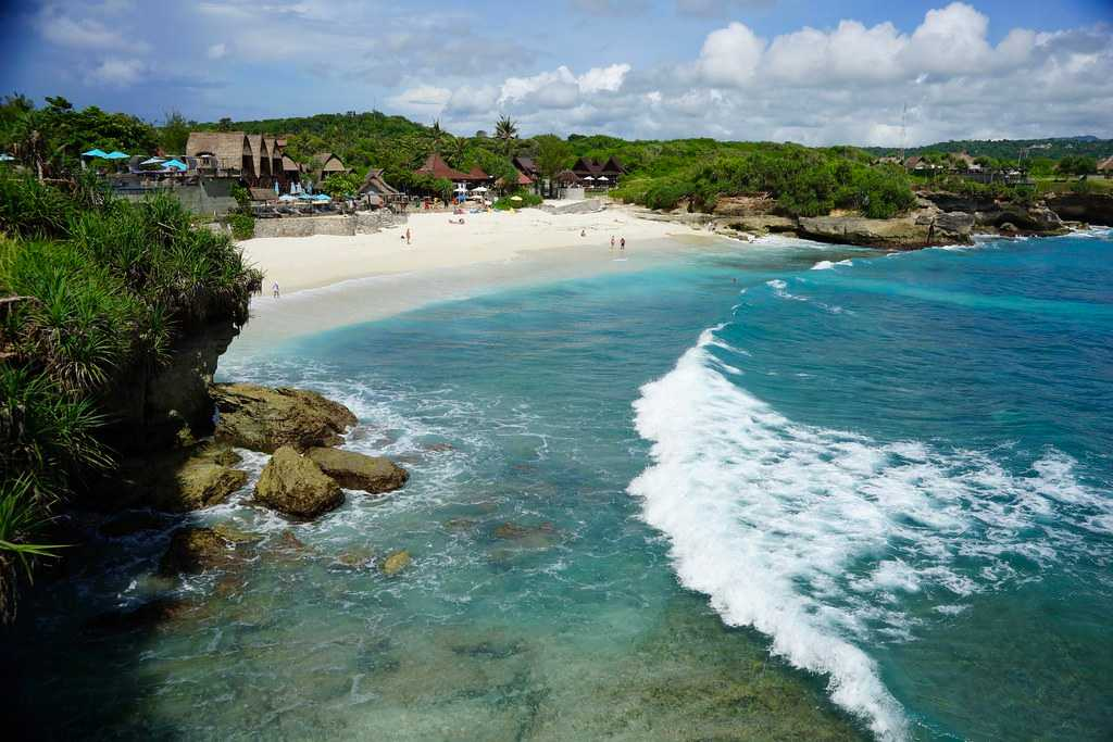 Dream Beach at Nusa Lembongan Island