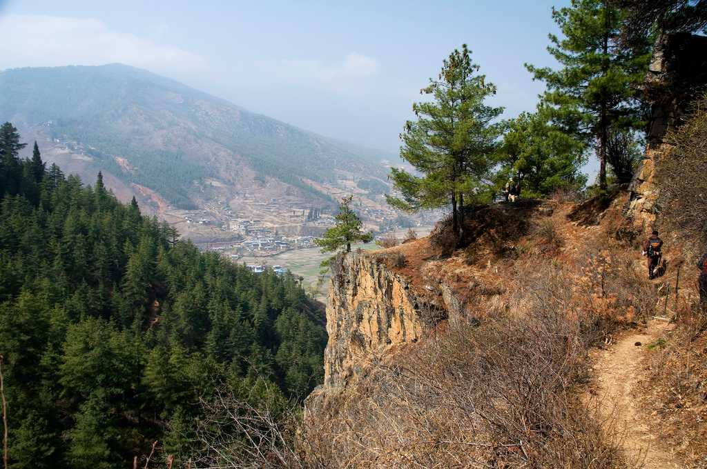 Trek to Zuri Dzong