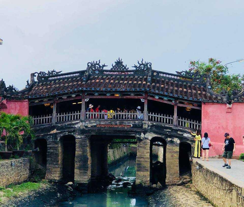 Japanese Covered Bridge, Nightlife in Hoi An