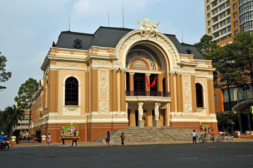 Saigon Opera House, Free Things to do in Ho Chi Minh