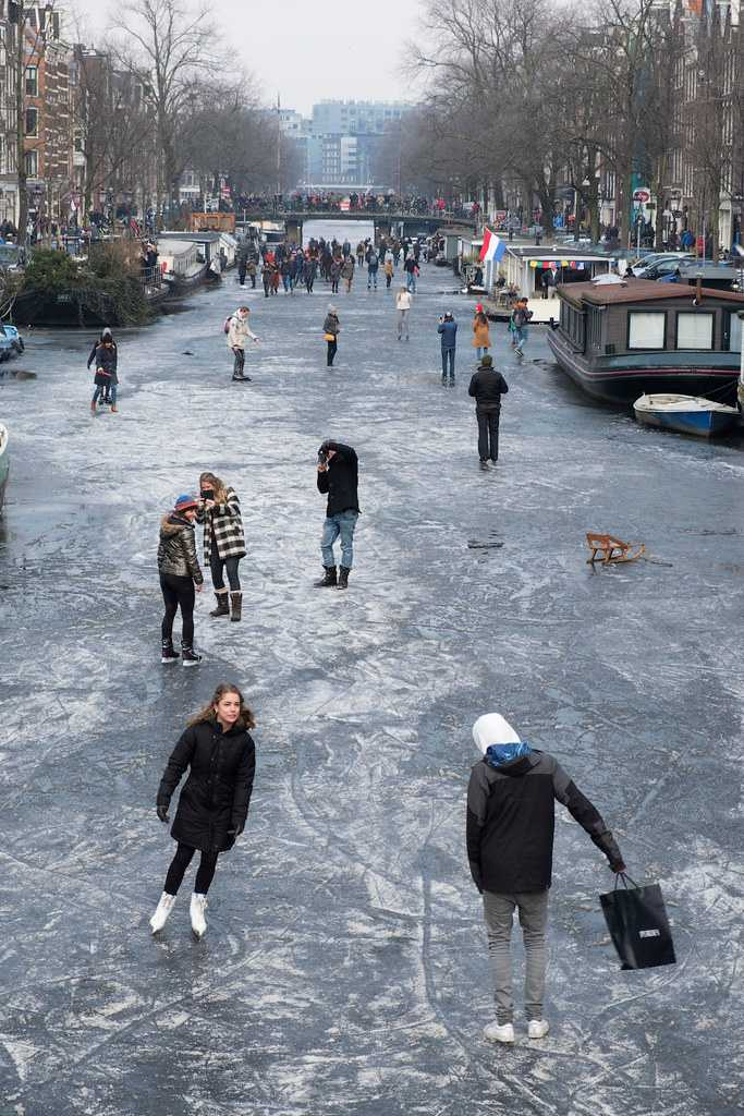 People Skating on the Frozen Keizersgracht