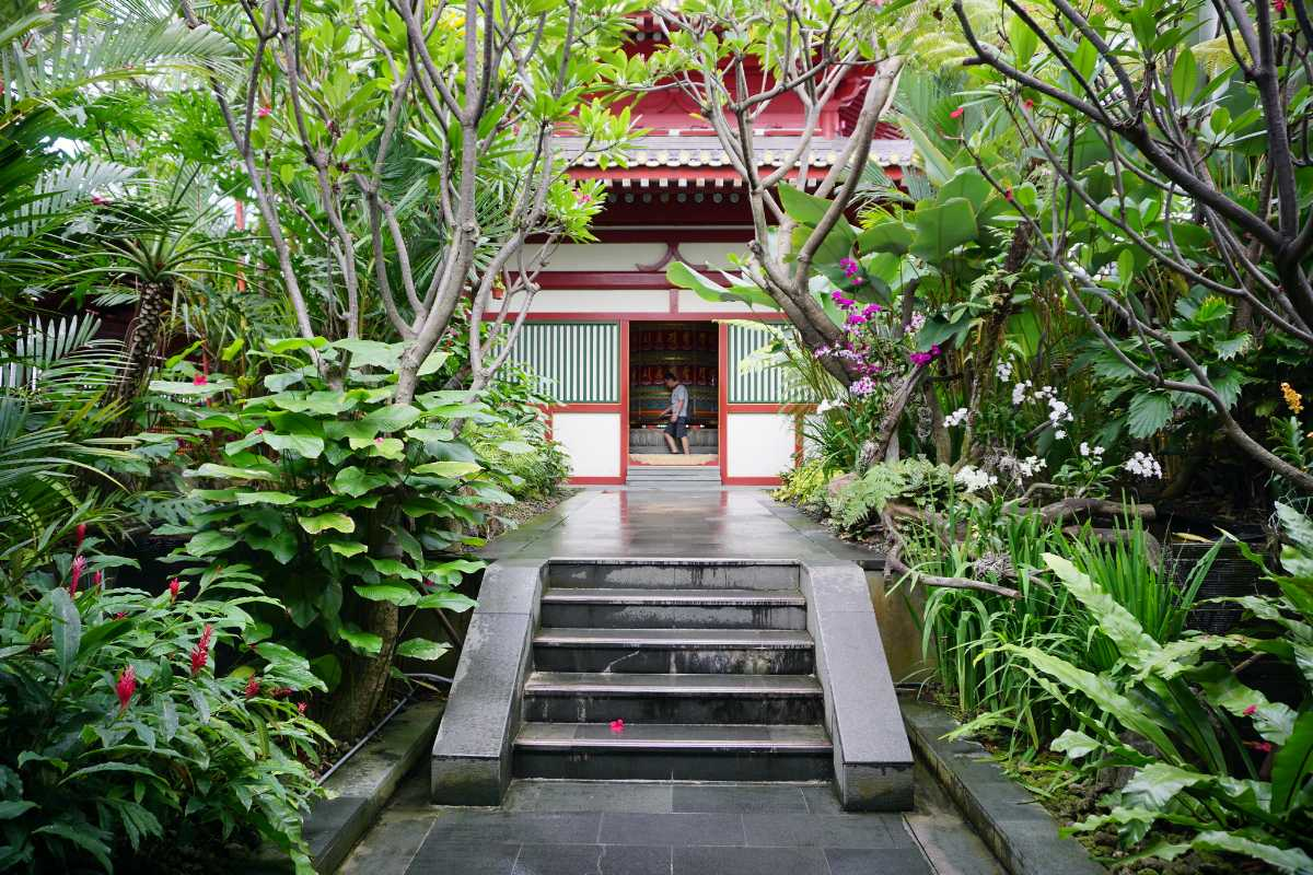 Buddha Tooth Relic Temple Rooftop Garden