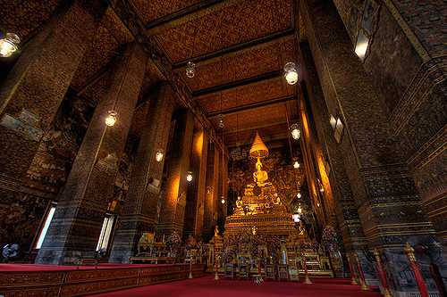 The Magnificient Wat Pho Temple of Buddha in Bangkok