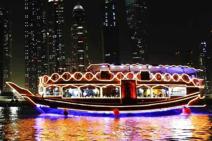 2-hour evening dhow cruise and dinner