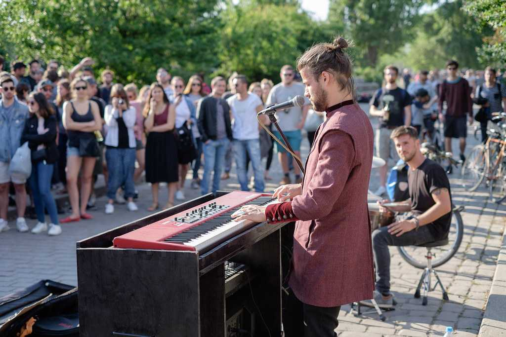 Live Music at Mauerpark