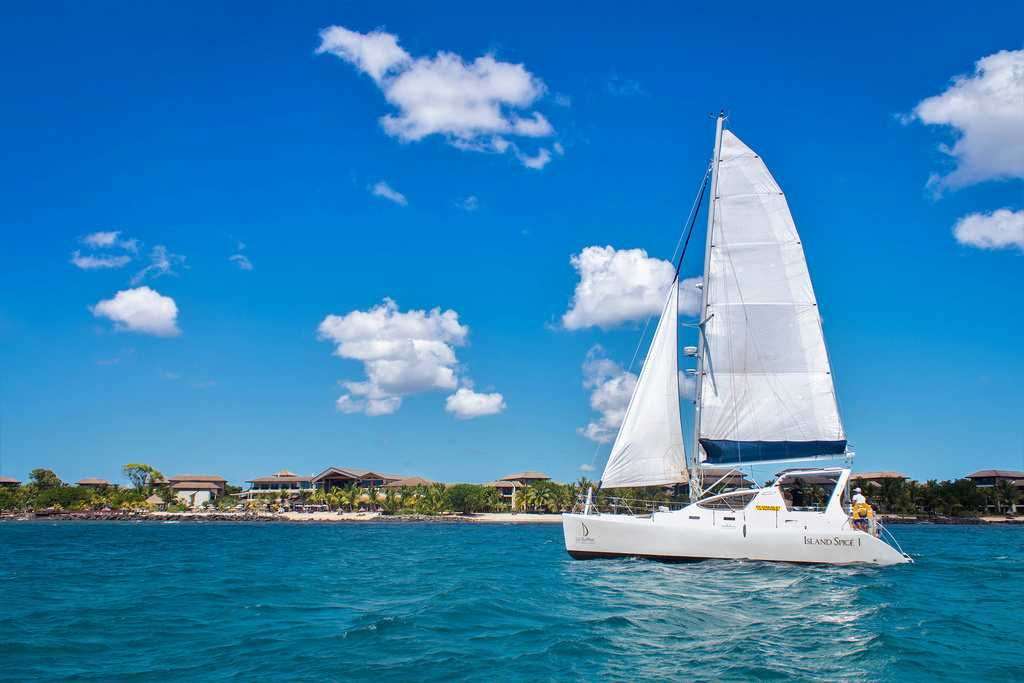 Catamaran Cruises, sea and water excursions in Mauritius, excursions in Mauritius
