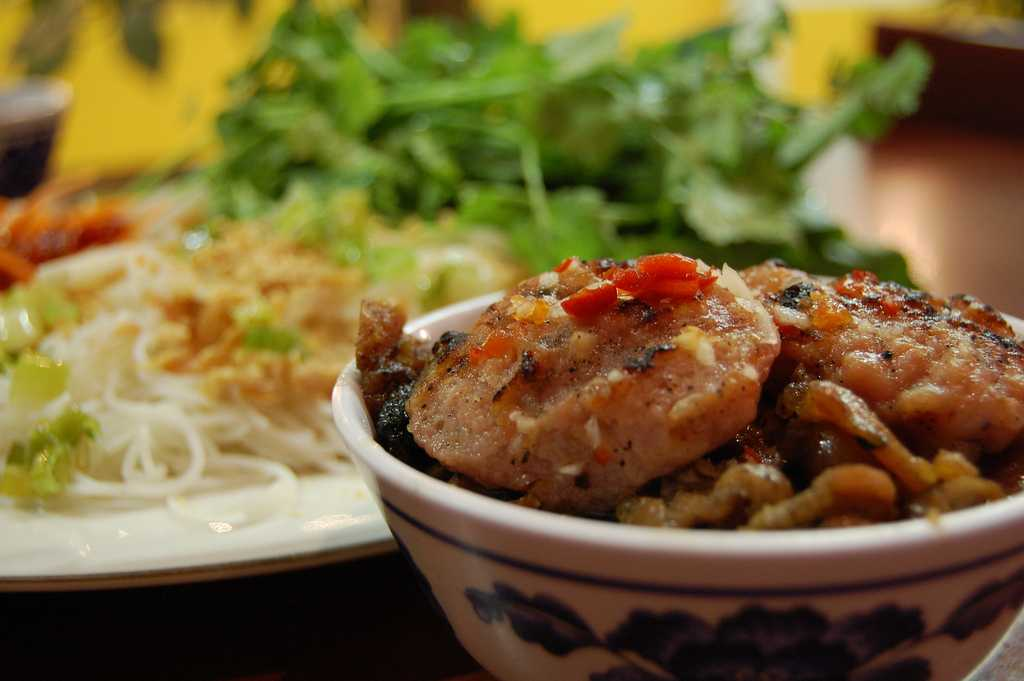 Bun Cha, Street Food in Hanoi