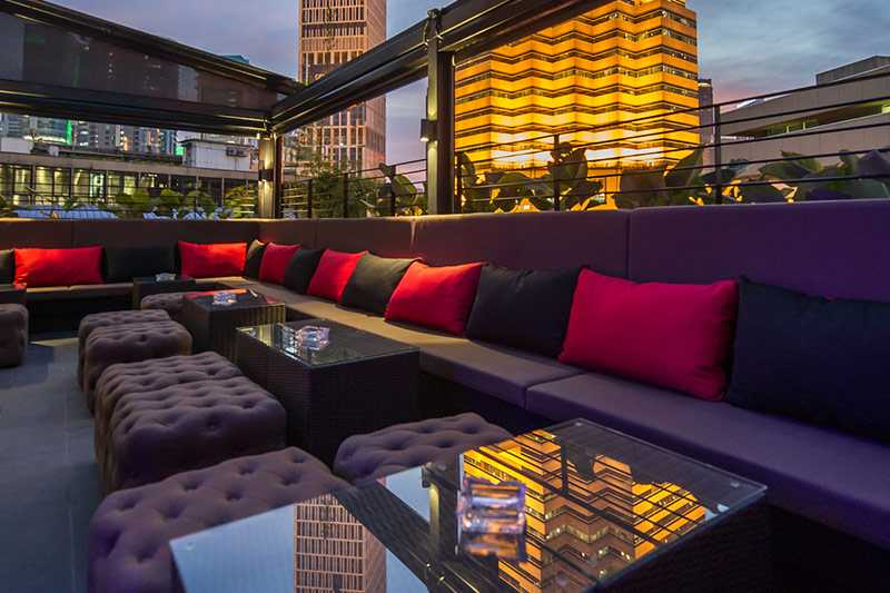Canopy Rooftop Bar, Bars in Malaysia