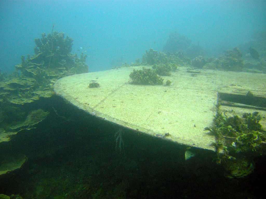 Emily wreck, Scuba diving in Mauritius