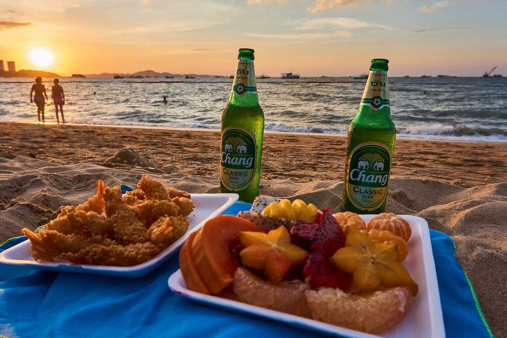Chilling with Seafood, Fruits and Beer at Pattaya Beach