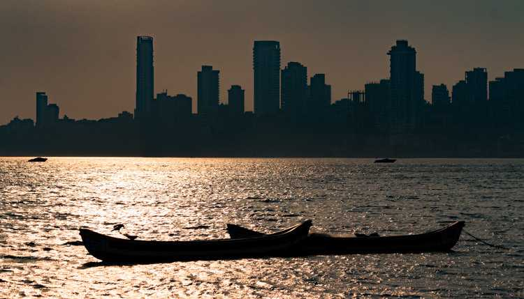 Sunset in Mumbai, Summer