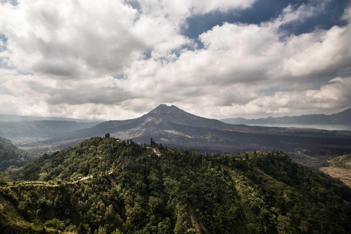 Mount Agung Volcano, Bali Vs Phuket