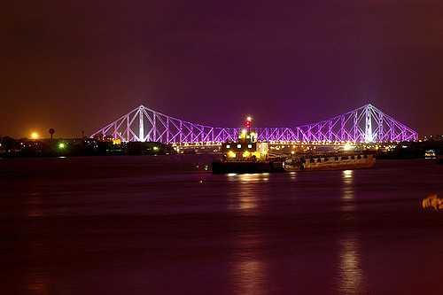 The Howrah Bridge at Night, History of Howrah Bridge