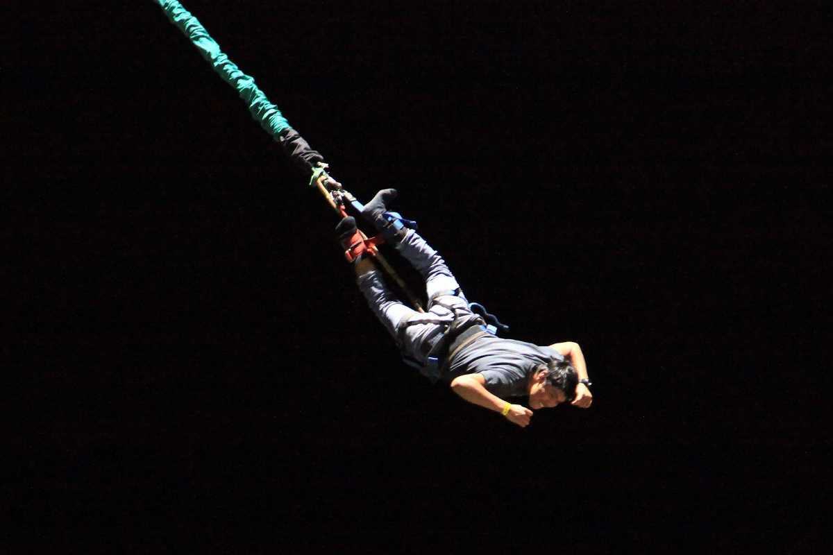Night Bungee Jumping in Hong Kong