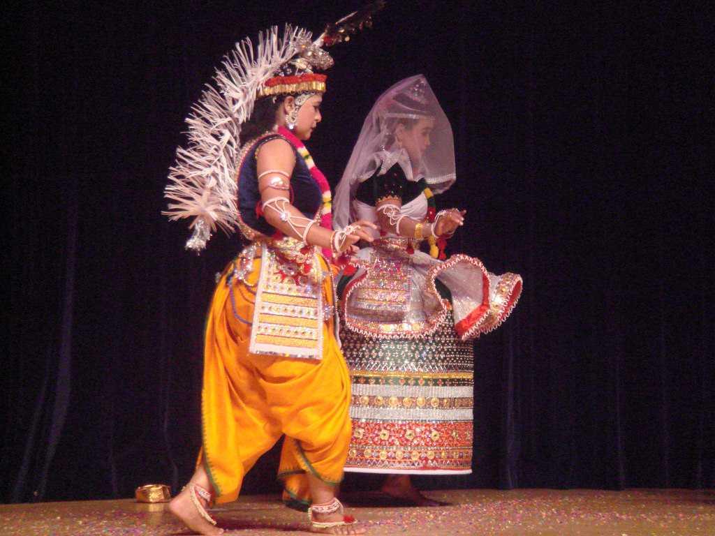 Manipuri,  Dances of India