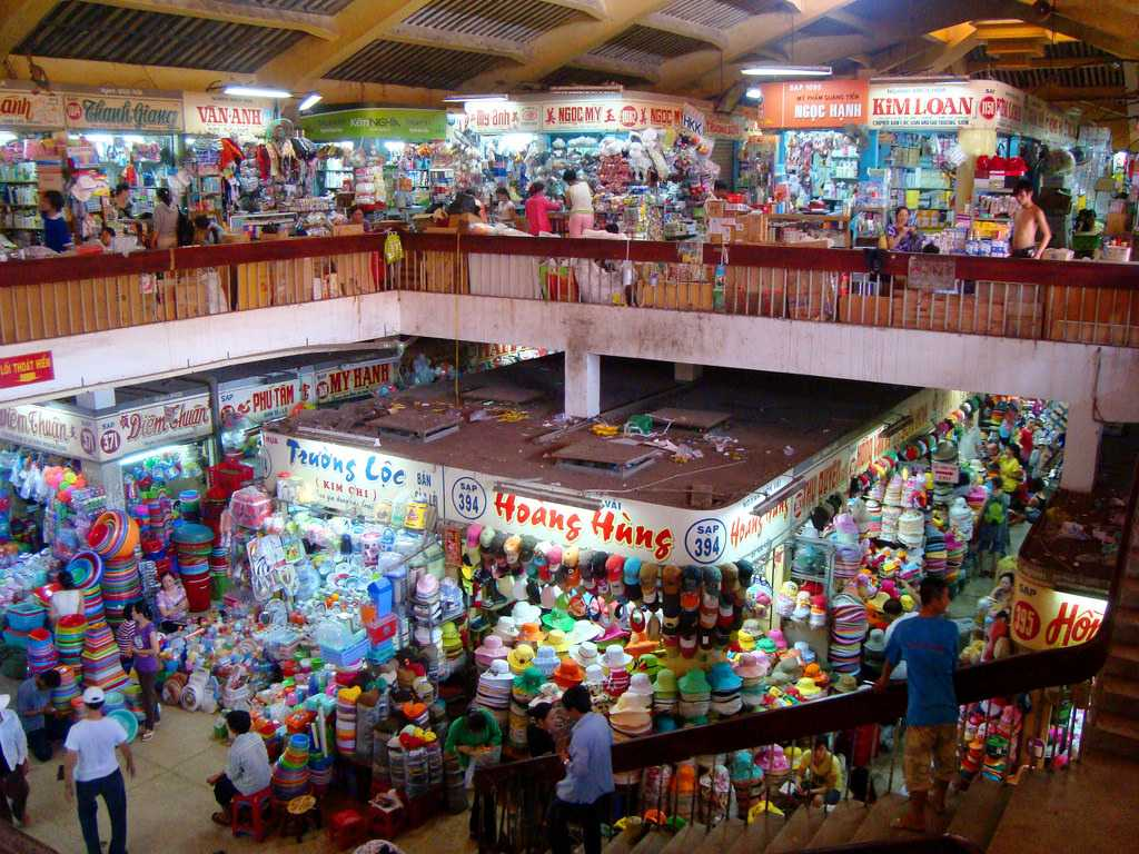 Binh Tay Market, Ho Chi Minh City's Most Inexpensive and Popular Market for Locals