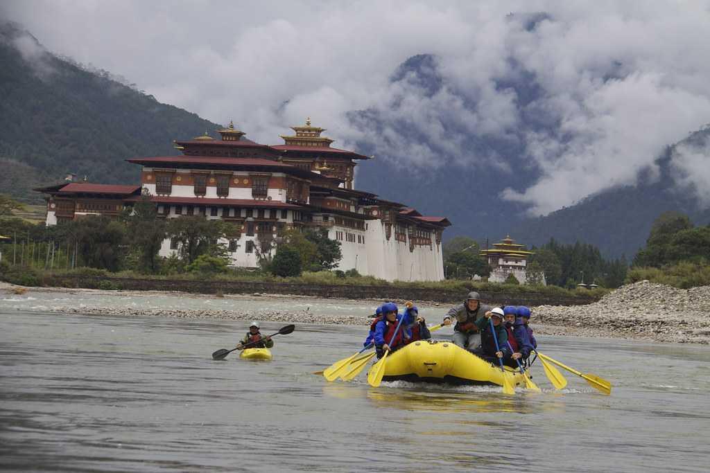 Rafting at Po Chhu