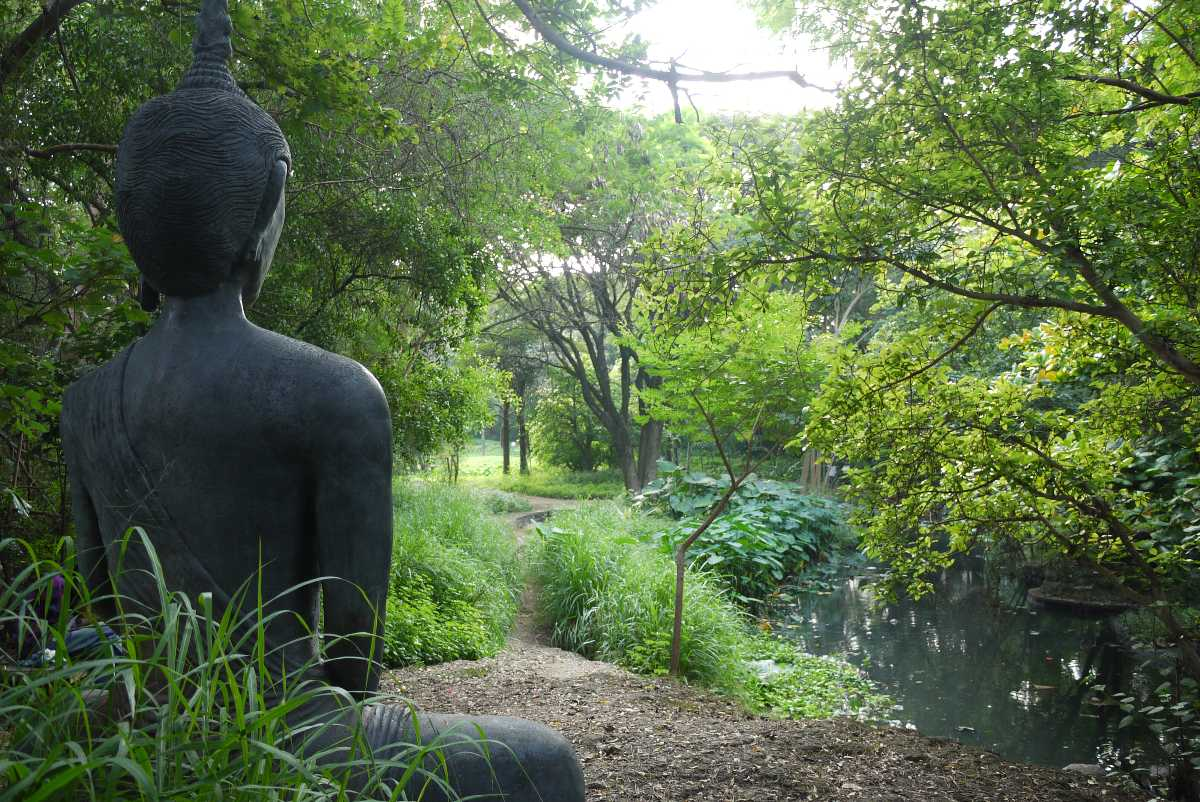 Osho Garden, Romantic Places in Pune