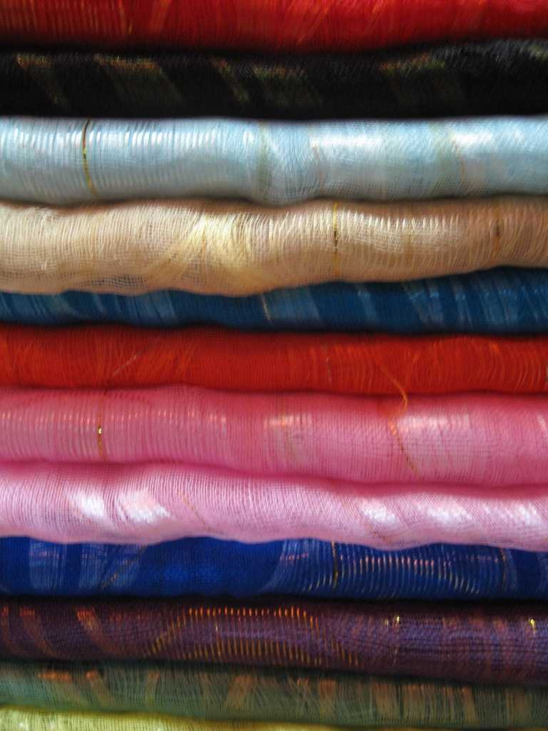 Thai silk, shopping in thailand