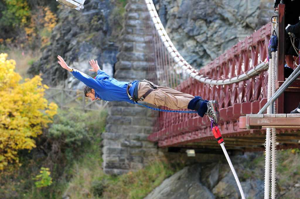 Auckland Bridge bungy