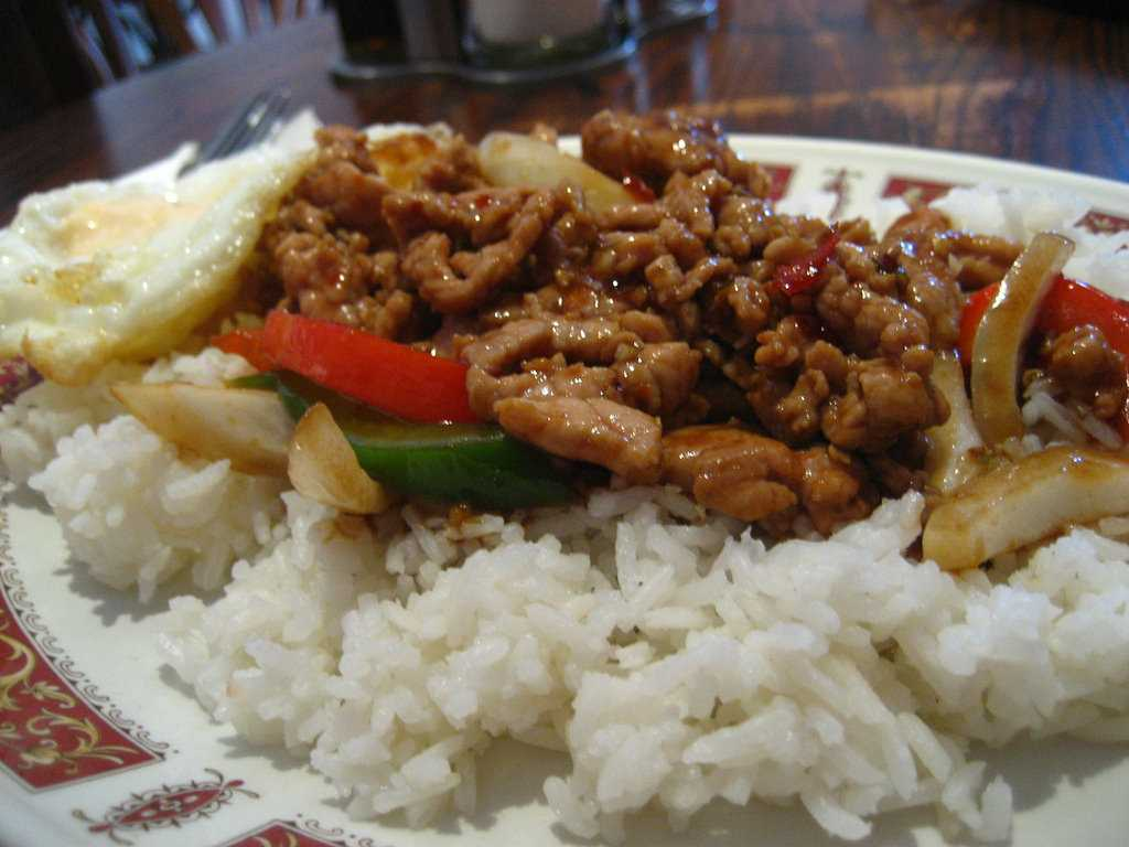 Kao Pad, Thai Fried Rice and popular Halal food in Thailand