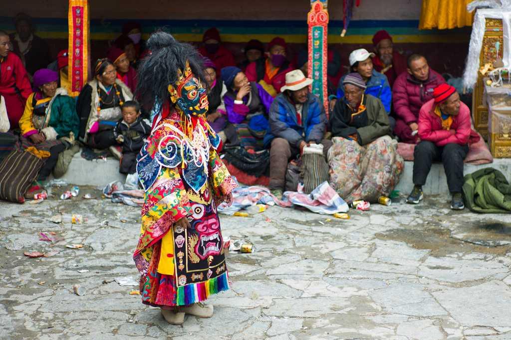 Festivities at Saga Dawa Festival