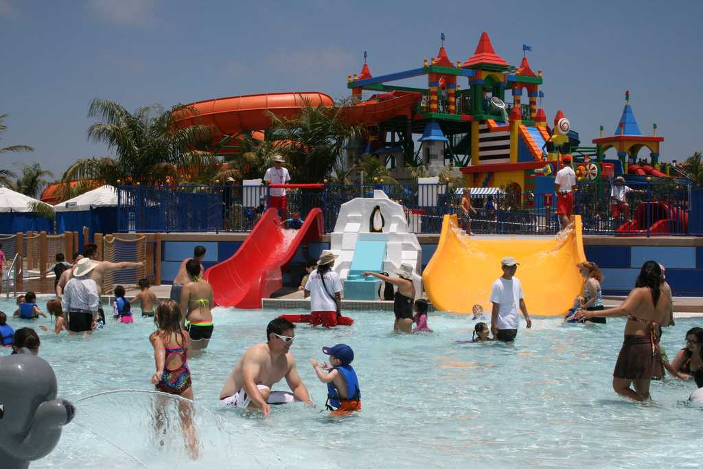 waterparks in dubai, legoland