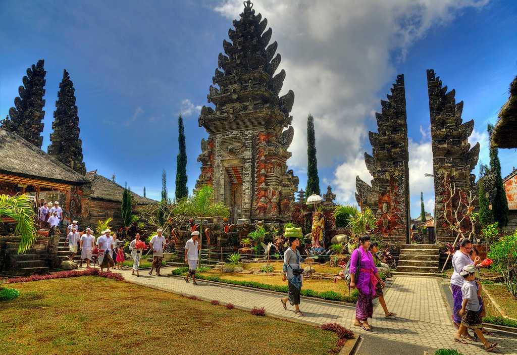 Ullun Danu Batur Temple