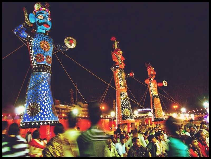 100 foot effigies of Ravana about to be burned