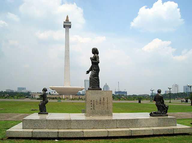 Kartini Statue at Merdeka Square
