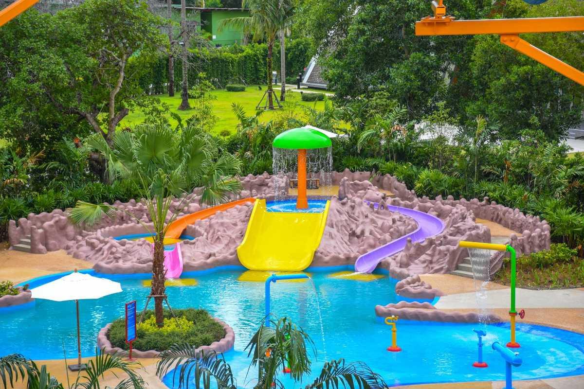https://www.facebook.com/splashjungle.waterpark/photos/a.152777171598537/1108876065988638/?type=3&theater