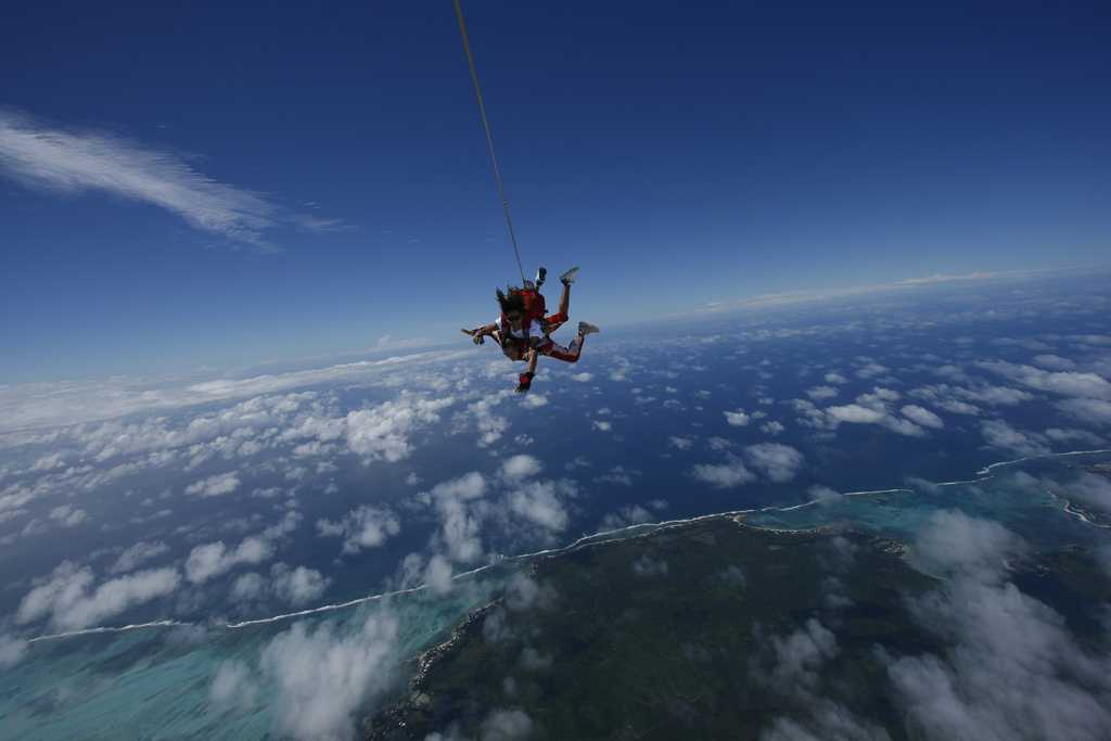 Tandem Skydiving, flight excursions in Mauritius, excursions in Mauritius