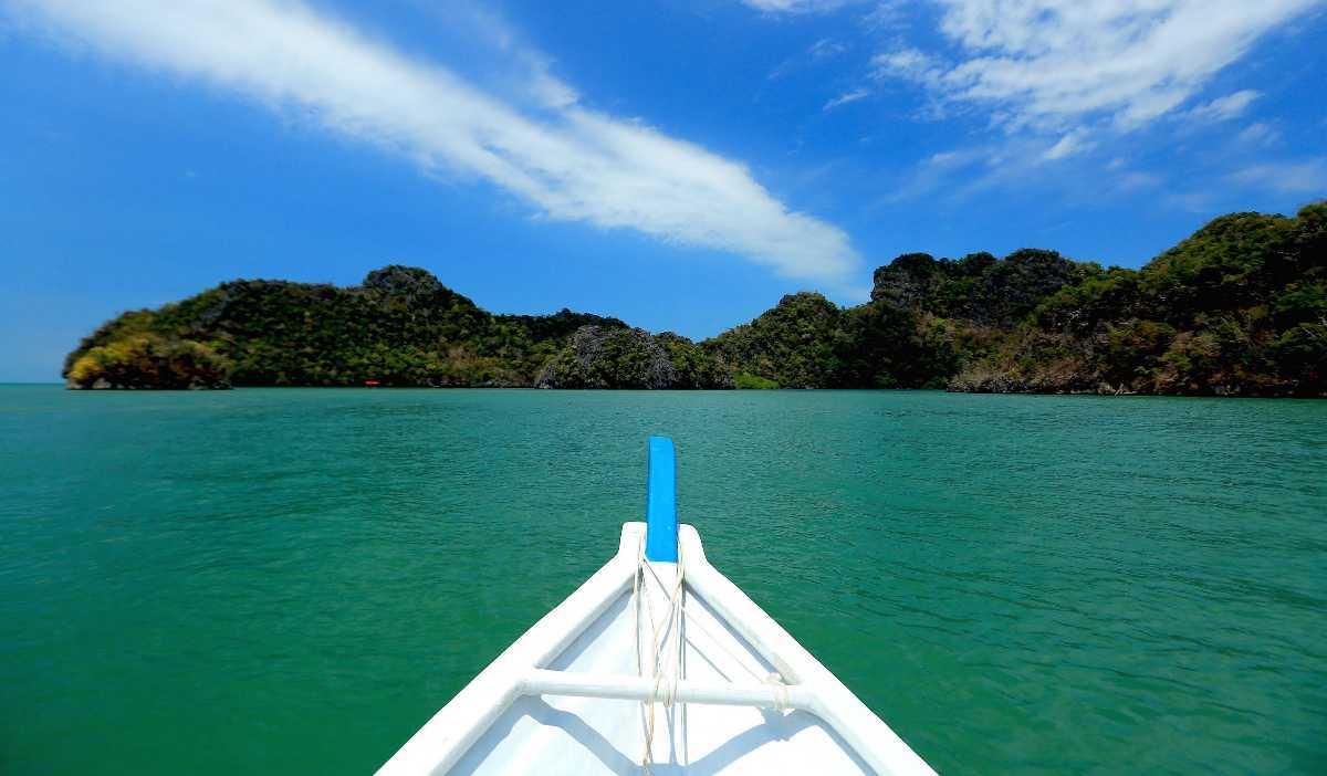 Layang-Layang Island, Scuba Diving in Malaysia