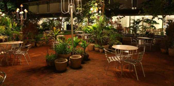 romantic places in chennai, amethyst cafe