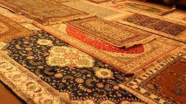 Carpets, Shopping in Jammu