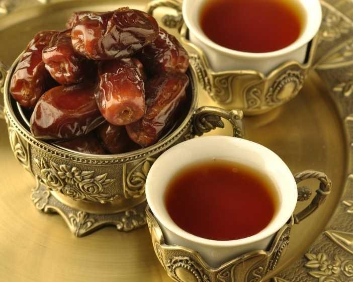 ظروف عمانی ، خرما