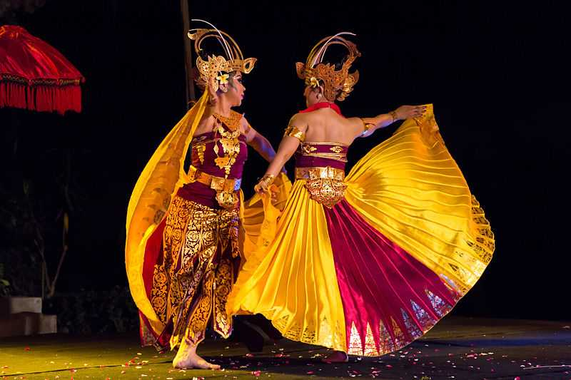 Dance in Bali involves Colourful and Vibrant Costumes