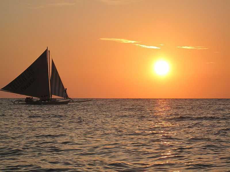 Sunset at Paraw Sailing